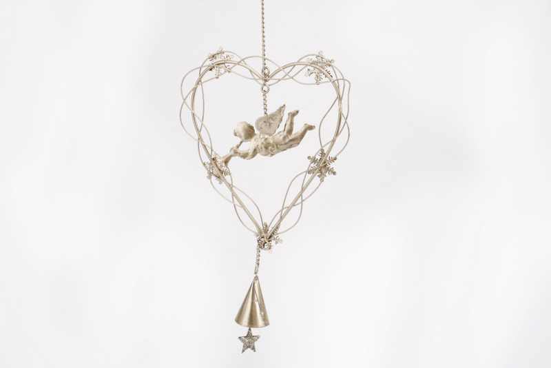 silver heart with cherub dec