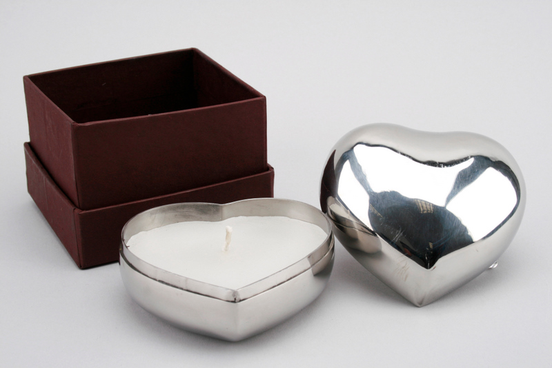silver heart candle
