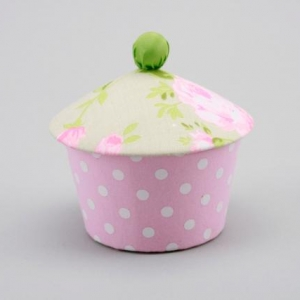 rose/polka dot cupcake box