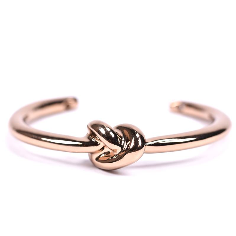 knot bangle in rose gold